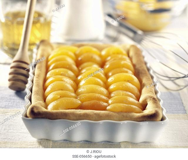 Apricot and honey tart