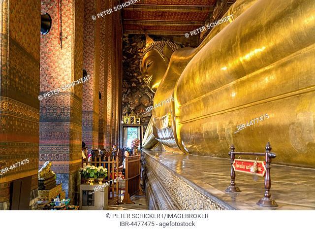 Giant reclining golden buddha, Wat Pho, Bangkok, Thailand