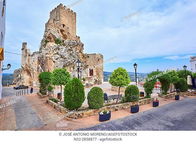 Zuheros, Castle and village, Sierra de la Subbetica, Route of the Caliphate, Cordoba, Andalusia, Spain