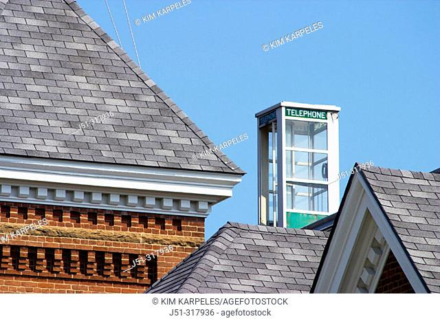 Telephone booth on top of roof. Lincoln. Illinois, USA