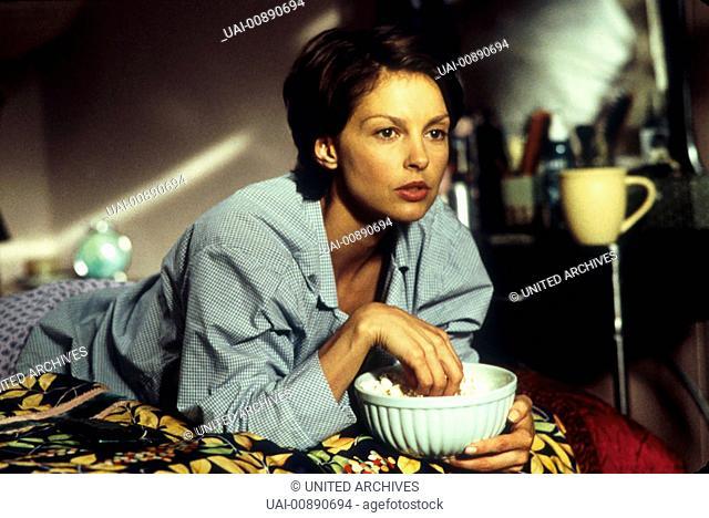 KINOSTART AM 26. JULI 2001 MÄNNERZIRKUS Jane Goodale (ASHLEY JUDD) ist Casting-Agentin einer Talkshow und sie hat die Nase voll vom ewigen Männerzirkus