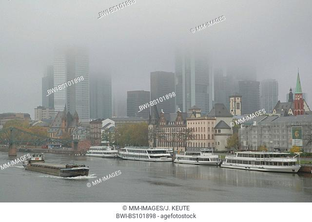 River Main and the skyline of Frankfurt in fog, Germany, Hesse, Frankfurt/Main