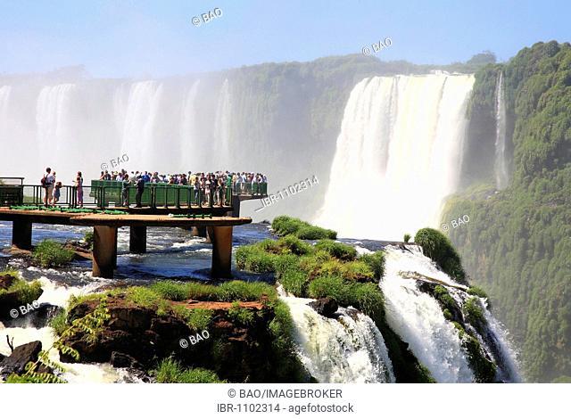 Iguaçu, Iguaçu Waterfalls from the Brazilian side, UNESCO World Heritage Site, Iguaçu National Park, Brazil, South America