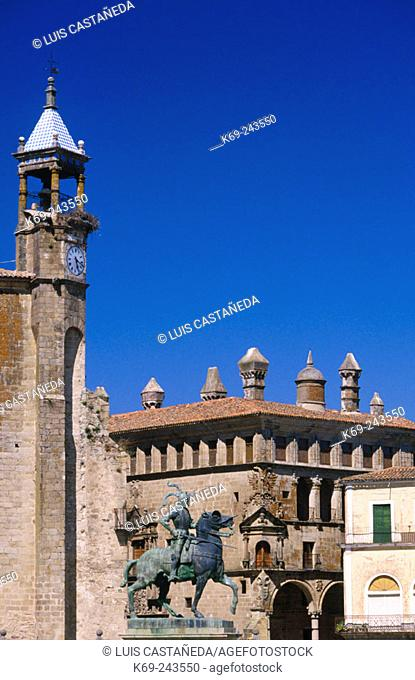 Monument to Pizarro (Conqueror of Peru) in Trujillo. Cáceres province. Extremadura. Spain