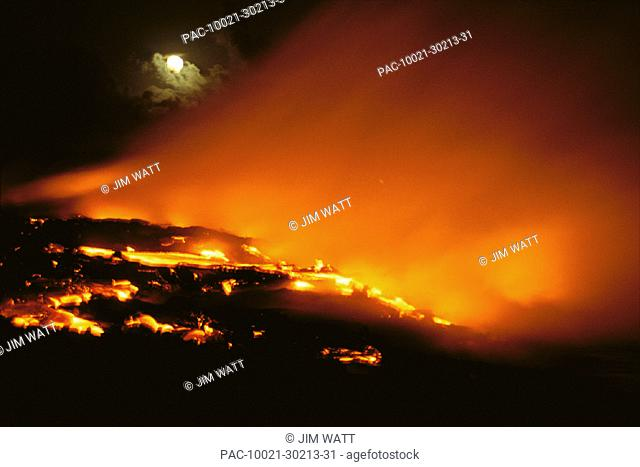 HI, BigIsle, Kilauea volcano lava flows into ocean, full moon, orange skies C1628