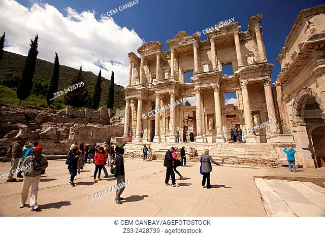 The library of Celsus at the Roman ruins of Ephesus, Efes, Selcuk, Kusadasi, Turkey, Europe