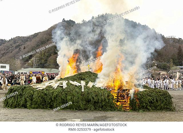 March 10, 2019, Tokyo, Japan - A large fire burning is seen during the Hiwatari or fire-walking ceremony at Yakuo-in temple