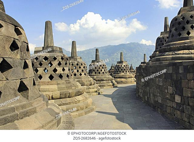 Indonesia-Java-Borobudur, General-View of the last gallery, showing perforated Stupas