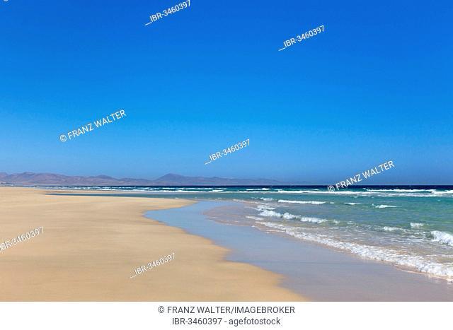 Beach and the sea, Risco del Paso, Fuerteventura, Canary Islands, Spain