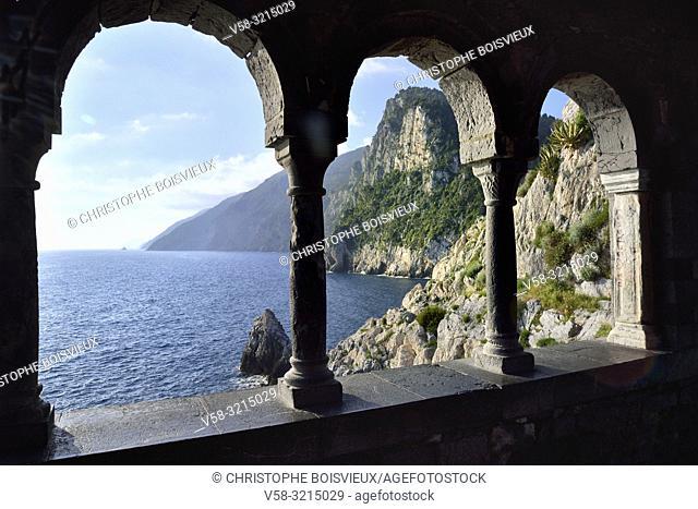 Italy, Liguria, World Heritage Site, Porto Venere, St Peter (San Pietro) church (5-13th C), The cloister