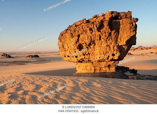 Algeria, Africa, north Africa, desert, sand desert, Sahara, Tamanrasset, Hoggar, Ahaggar, rock, rock formation, Tassili du Hoggar, morning, morning sun