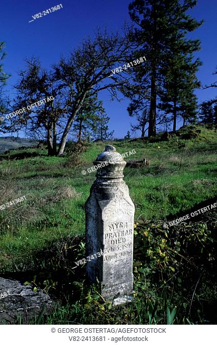 Prather gravestone in Mosier Pioneer Cemetery, Columbia River Gorge National Scenic Area, Oregon