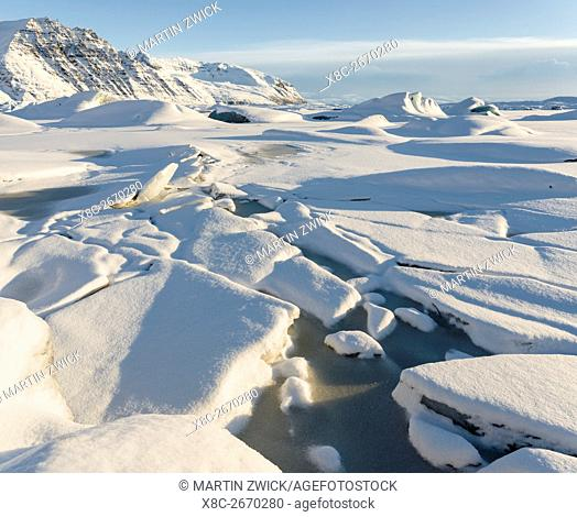 Skaftafelljoekull glacier in the Vatnajoekull NP during Winter. The frozen glacial lake with icebergs. europe, northern europe, scandinavia, iceland, February