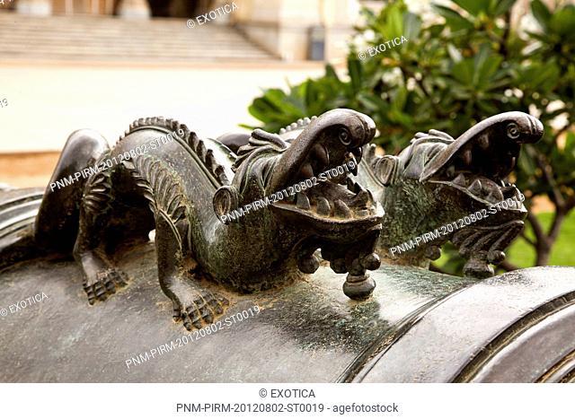 Close-up of a crocodile sculpture on a cannon, Chowmahalla Palace, Hyderabad, Andhra Pradesh, India