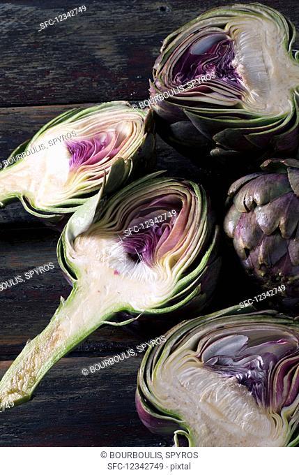 Purple Tunisian artichokes cut in half