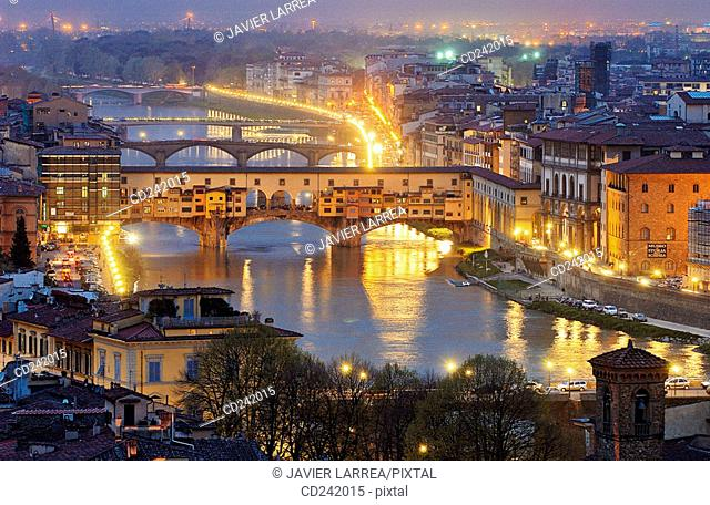 Ponte Vecchio on Arno river. Florence. Tuscany, Italy