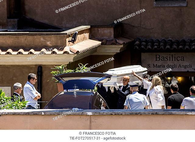 Mara Venier during the Laura Biagiotti's funeral, Rome, Italy 27/05/2017