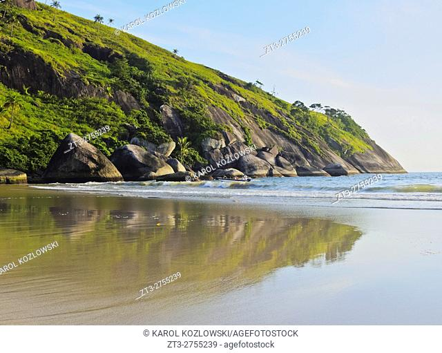Brazil, State of Sao Paulo, Ilhabela Island, View of the beach in Bonete.