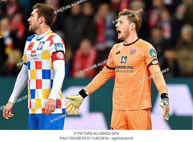 08 February 2019, Rhineland-Palatinate, Mainz: Soccer: Bundesliga, FSV Mainz 05 - Bayer Leverkusen, Matchday 21, Opel Arena in Mainz