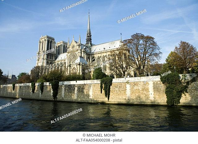 France, Paris, Notre Dame Cathedral, viewed from the Seine