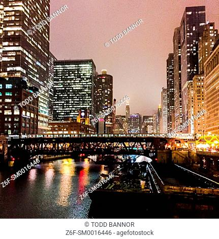 Chicago River on a foggy night