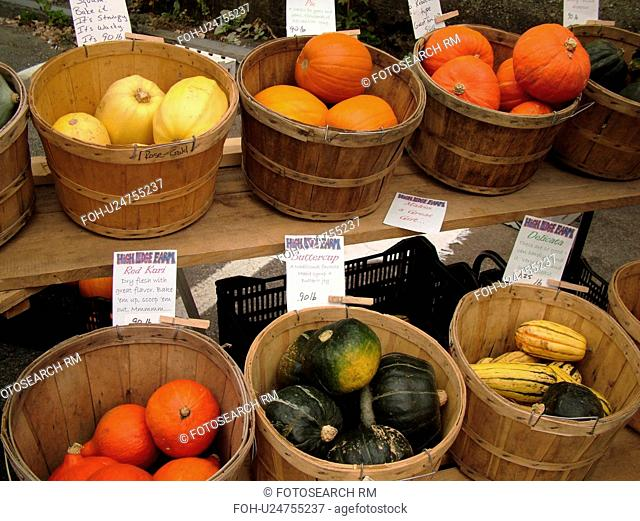 Montpelier, VT, Vermont, Farmer's Market, baskets of vegetables