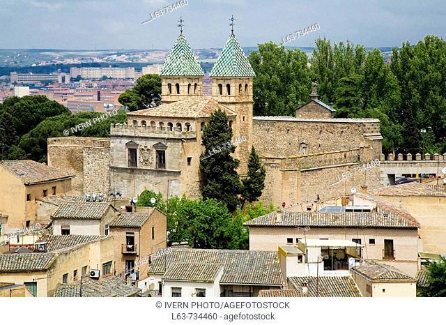 Rear view of Puerta Nueva de Bisagra town gate, Toledo. Castilla-La Mancha, Spain