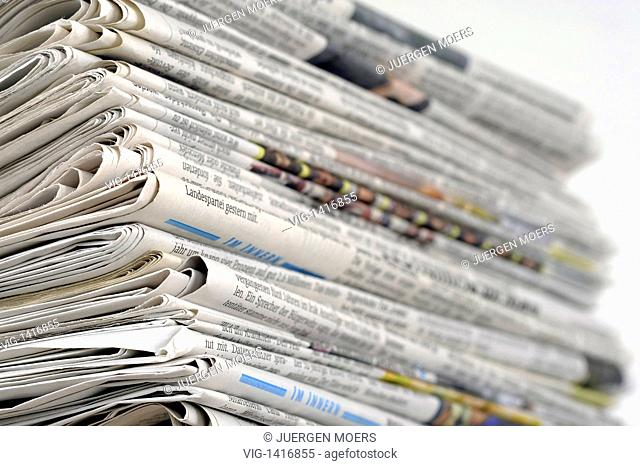 17.05.2009,Germany,newspaper pile - Germany, 17/05/2009