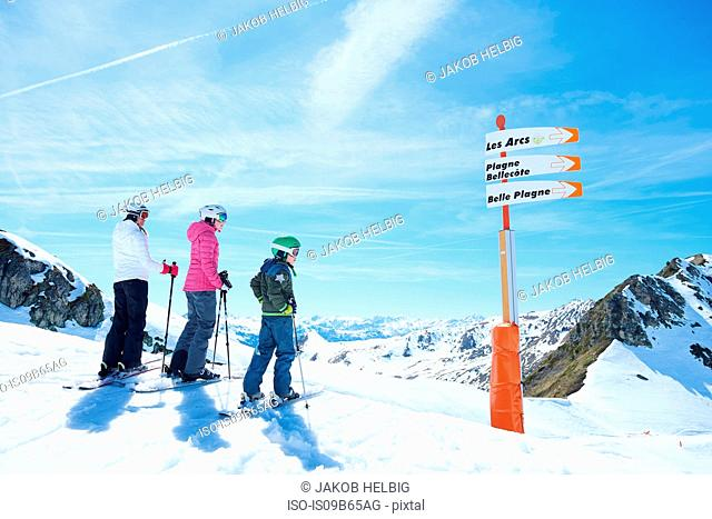 Mother, daughter and son on skiing holiday, Hintertux, Tirol, Austria