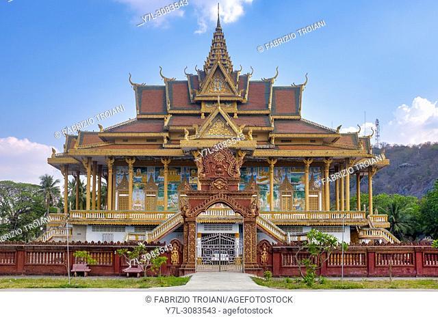 Modern Phnom Sampov pagoda, Battambang, Cambodia