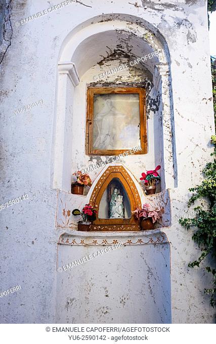Shrine with a statue of the Virgin Mary, Villatalla, Liguria, Italy