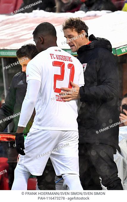 Jens LEHMANN (Co coach Augsburg) coaches Sergio CORDOVA (FC Augsburg) for Substitutes, Football 1. Bundesliga, 20 matchday, matchday20