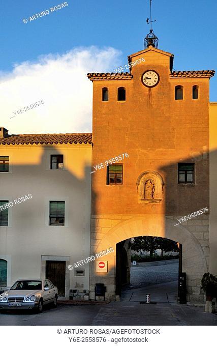 First door of the Monastery of Poblet