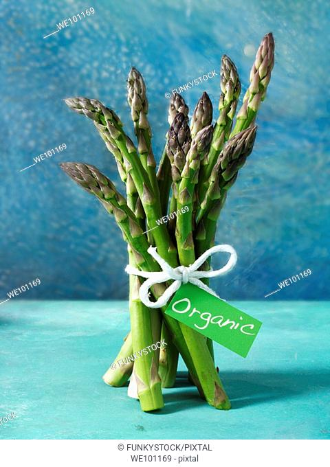 bunch of fresh organic asparagus spears