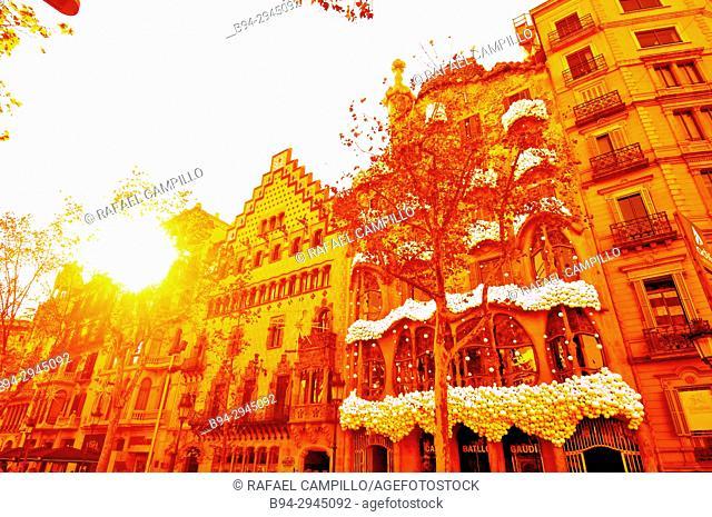 Casa Amatller, Passeig de Gràcia 41 by Josep Puig i Cadafalch (1898-1900)and Casa Batlló, Passeig de Gràcia 43, built in 1877 and remodelled by Antoni Gaudí and...