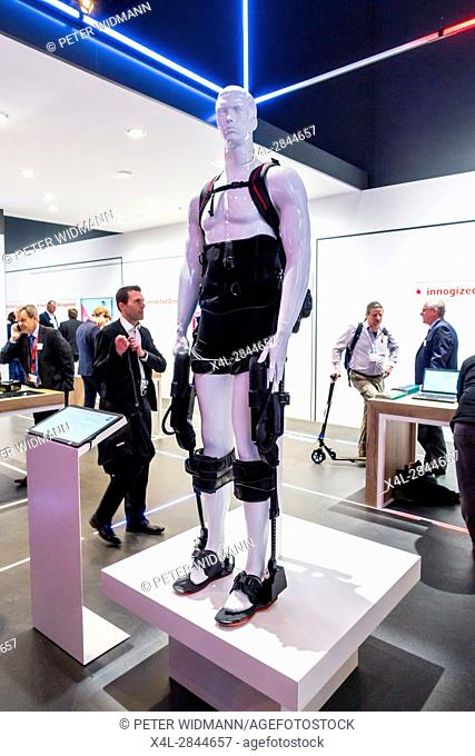 CEBIT 2017 Hannover - Exoskelett