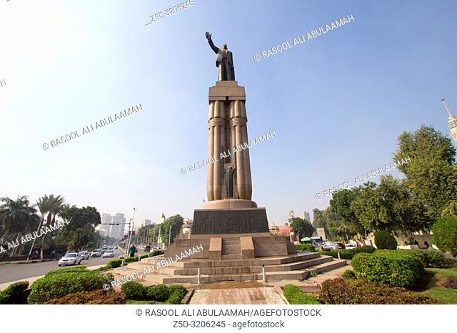 Cairo , Egypt – November 8, 2018: photo for Statue of Saad Zaghloul in Cairo city capital of Egypt , it shows a bronze statue of the well-known Egyptian...