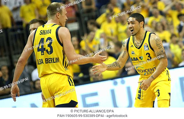 05 June 2019, Berlin: Basketball: Bundesliga, ALBA Berlin - EWE Baskets Oldenburg, championship round, semi-final, 2nd matchday