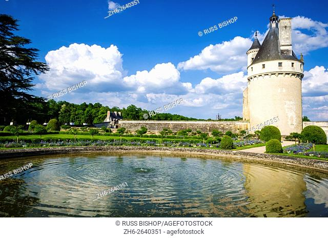 The Marques Tower and fountain, Chateau de Chenonceau, Chenonceaux, Loire Valley, France
