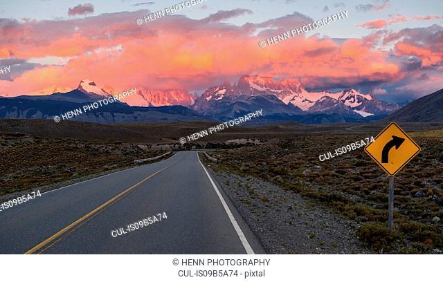 Road 23 leading towards the mountain Cerro Torre and Mt. Fitz Roy, El Chalten, Santa Cruz Province, Argentina