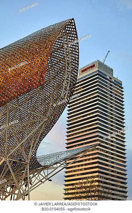 Frank O. Gehry's Golden Fish Sculpture, Mapfre tower, Port Olimpic, Barcelona, Catalunya, Spain, Europe