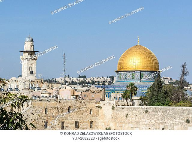 Dome of the Rock shrine on the Temple Mount and Western Wall (also called Kotel or Wailing Wall), Old Town of Jerusalem, Israel