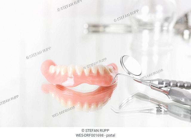 Prosthesis, probe and mirror, dental instruments