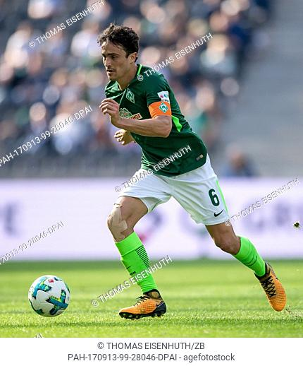 Bremen's Thomas Delaney in action during the German Bundesliga soccer match between Hertha BSC and Werder Bremen at the Olympia stadium in Berlin, Germany