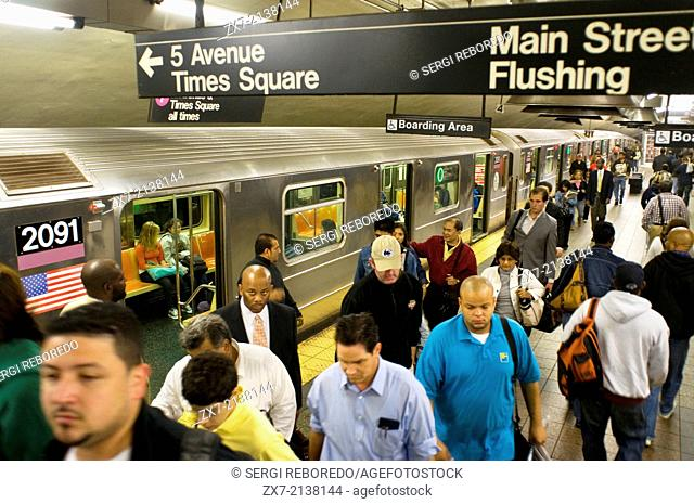 Platform Subway Line 7 Station Grand Central Terminal on the Lower Midtown. 42nd Street and Park Avenue. Grand Central Terminal is the largest train station and...