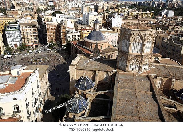 Saint Mary Cathedral and the Miguelete tower, Valencia, Spain