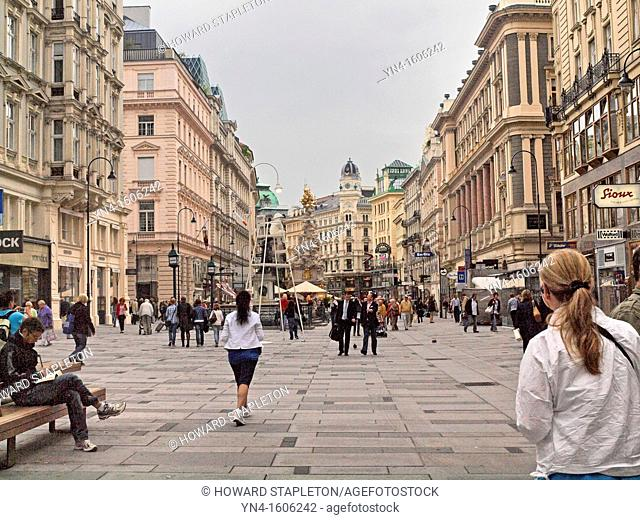 The trench, in German: Der Graben, is one of the most famous shopping streets in Vienna's city centre
