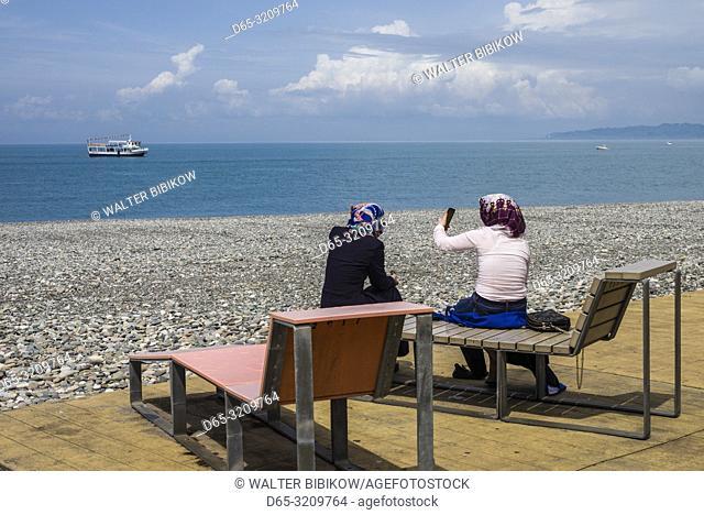 Georgia, Batumi, Batumi Boulevard, seaside promenade, beach visitors, NR
