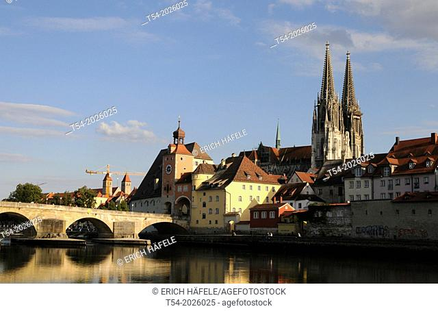 The Regensburg Cathedral with historical stone bridge