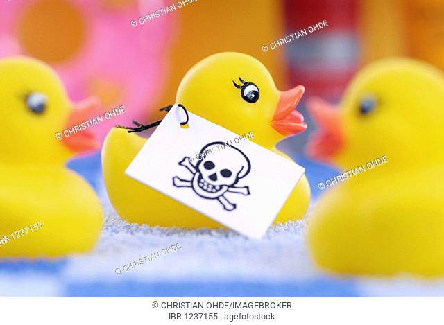 Rubber duck with skull-label, poisons in rubber and plastic products